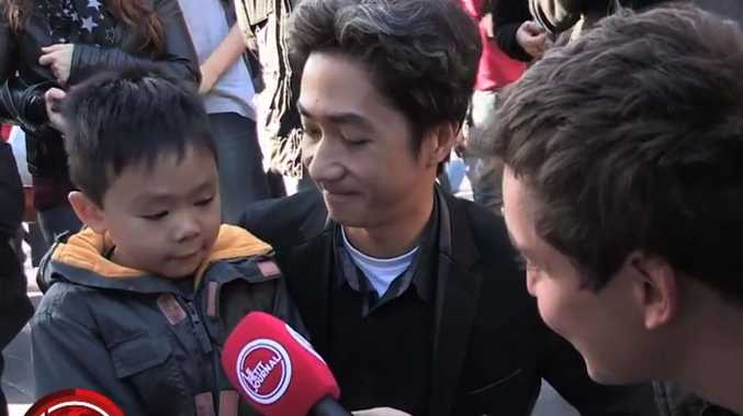 A father explains the Paris shootings to his young son Le Petit Journal/YouTube