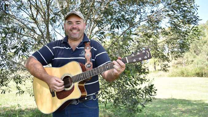 Country musician Adam Kilpatrick is currently leading the Artists Signal charts. Photo Ali Kuchel / Gatton Star
