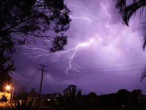 Lightning strike at QLD tourist attraction
