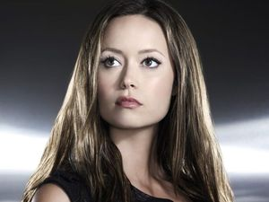 River of adulation just keeps flowing for Summer Glau