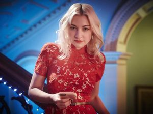 Kate Miller-Heidke tunes in to her funny self