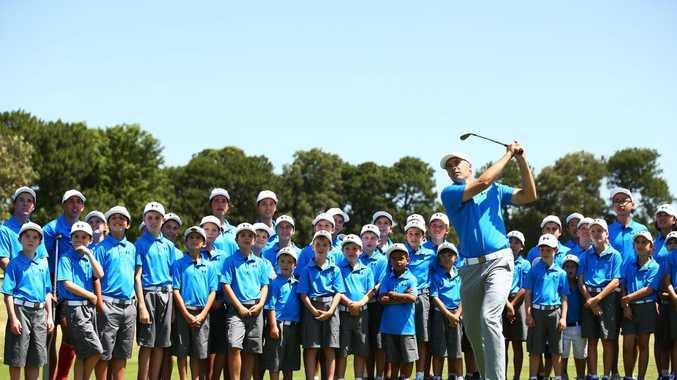 Jordan Spieth plays a pitch shot as he hosts a golf clinic for junior Australian golfers ahead of the 2015 Australian Open at The Australian Golf Course in Sydney. Photo: Matt King/Getty Images