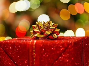 Wanted: Gift wrapping champions