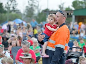 Thousands enjoy Calliope carols