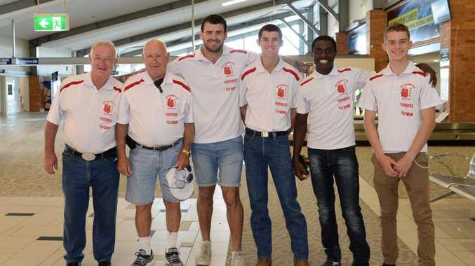 Merv Stewart, Des Upton, Sam Walker, Brenden Hughes, Greg Toby and Billy Evans heading to Sydney for a boxing event. Photo Allan Reinikka / The Morning Bulletin