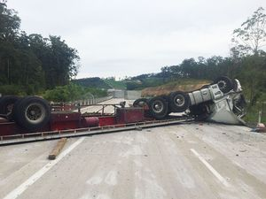 Truck rollover blocks southbound lanes of Woolgoolga bypass