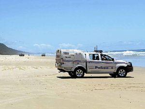 Marine marker bomb scare shuts down Teewah Beach