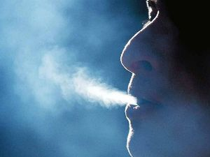 More Aussies ditch booze and cigarettes