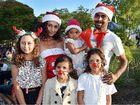 Hundreds enjoy them-elfs at M'boro's carols