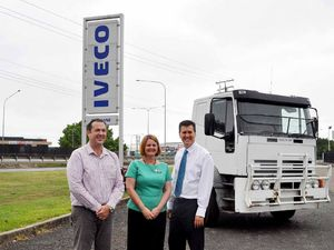 Iveco gives truck to Glenala school