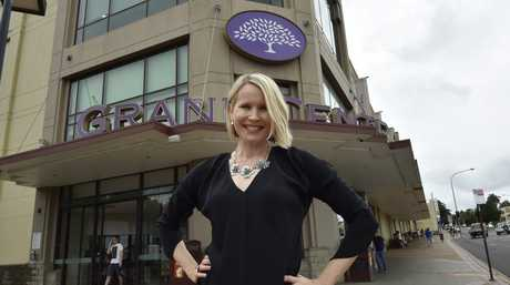 From Grand Central New York to Grand Central Toowoomba, GPS girl Karen Jacobsen, the voice of Siri is in Toowoomba.