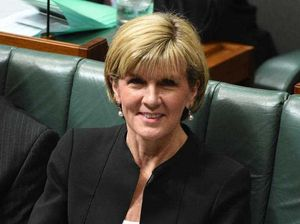 Worker suspended for screening Julie Bishop at Airport