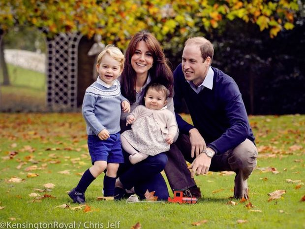 A new family photo - Merry Christmas from The Duke and Duchess of Cambridge, Prince George and Princess Charlotte