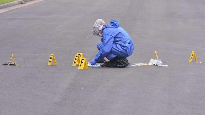 Forensics investigate a suspicious death in Tewantin. Photo: John McCutcheon / Sunshine Coast Daily