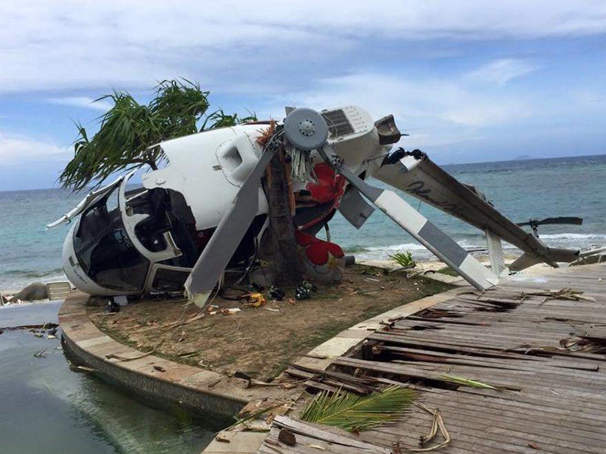 Bob Carroll's photo of the Fijian plane crash.