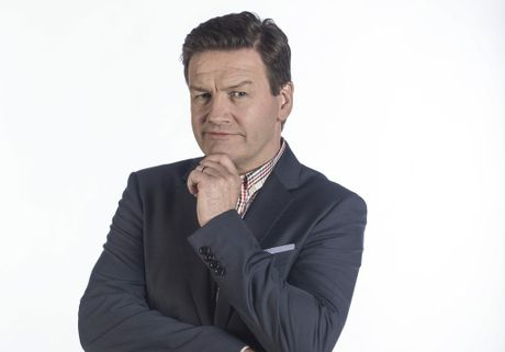 Lawrence Mooney will host the ABC's 2015 NYE Pub Quiz.