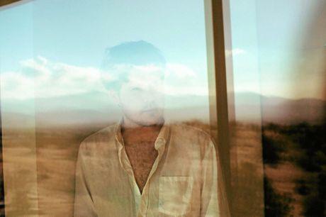 Australian singer songwriter Jarryd James.