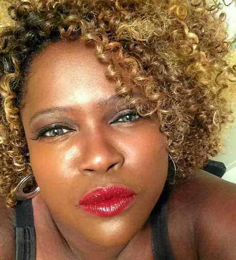 Byron Bay singer Lisa Hunt.