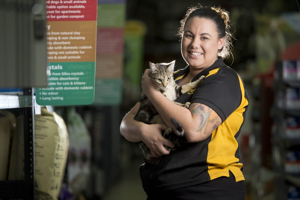 Laureen Leao and Coco the cat who travelled by mistake to Gladstone all the way from the Gold Coast. Photo Paul Braven / The Observer