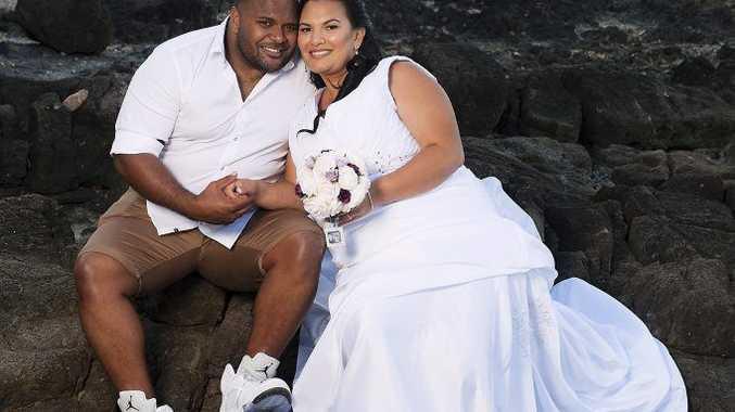Siah Dawn Mye (Nee Mondin) and Brodon Rhyce Mye were married on October 3