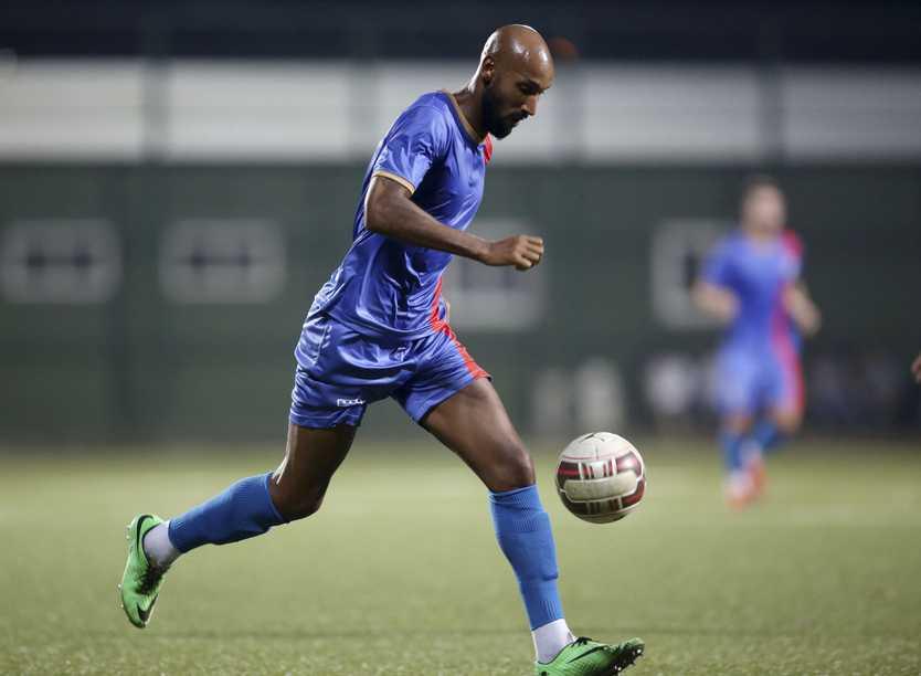 Nicolas Anelka in action for Mumbai City.