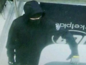 Police release images of armed robbery in Buderim overnight