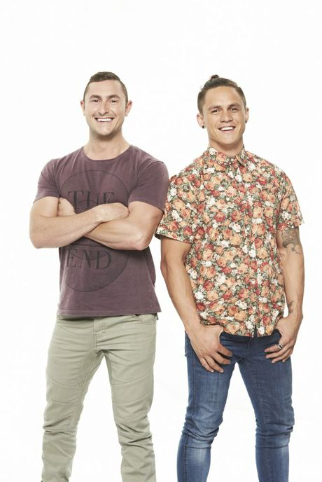 My Kitchen Rules 2016 Queensland contestants Alex and Gareth fly in/out to the mines.
