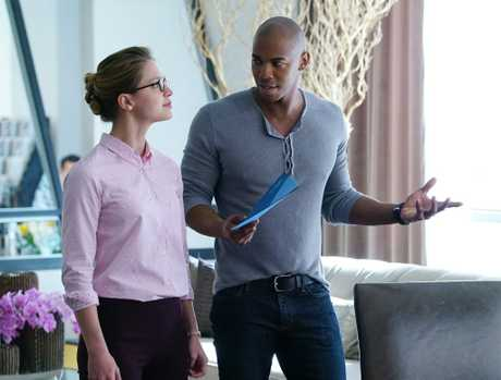 Melissa Benoist and Mehcad Brooks in a scene from the TV series Supergirl. Supplied by Foxtel.