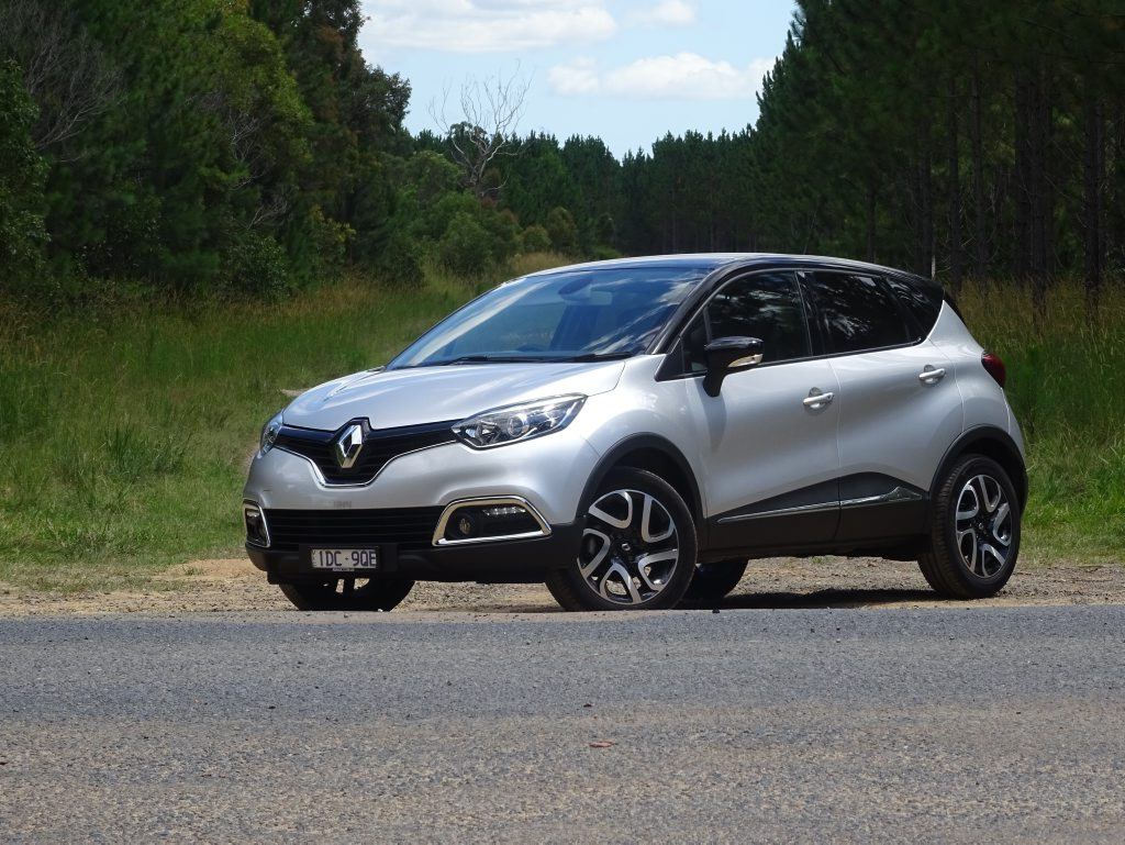 DYNAMIQUE SMALL SUV: Stylish but flawed Renault Captur long term test evaluation
