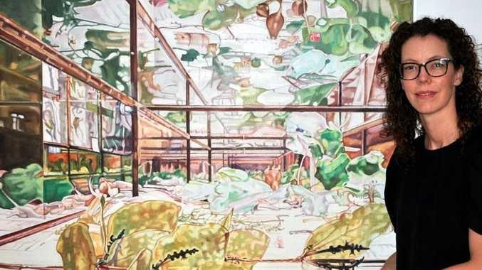 Stanthorpe Art Festival 2014 Judge Angela Goddard with the winning artwork 'Large Glass Garden #4'