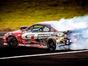 Ipswich drifter surges into championship lead