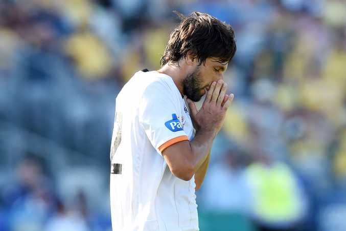 Thomas Broich is struggling for form with the Brisbane Roar. Photo: AAP Image.