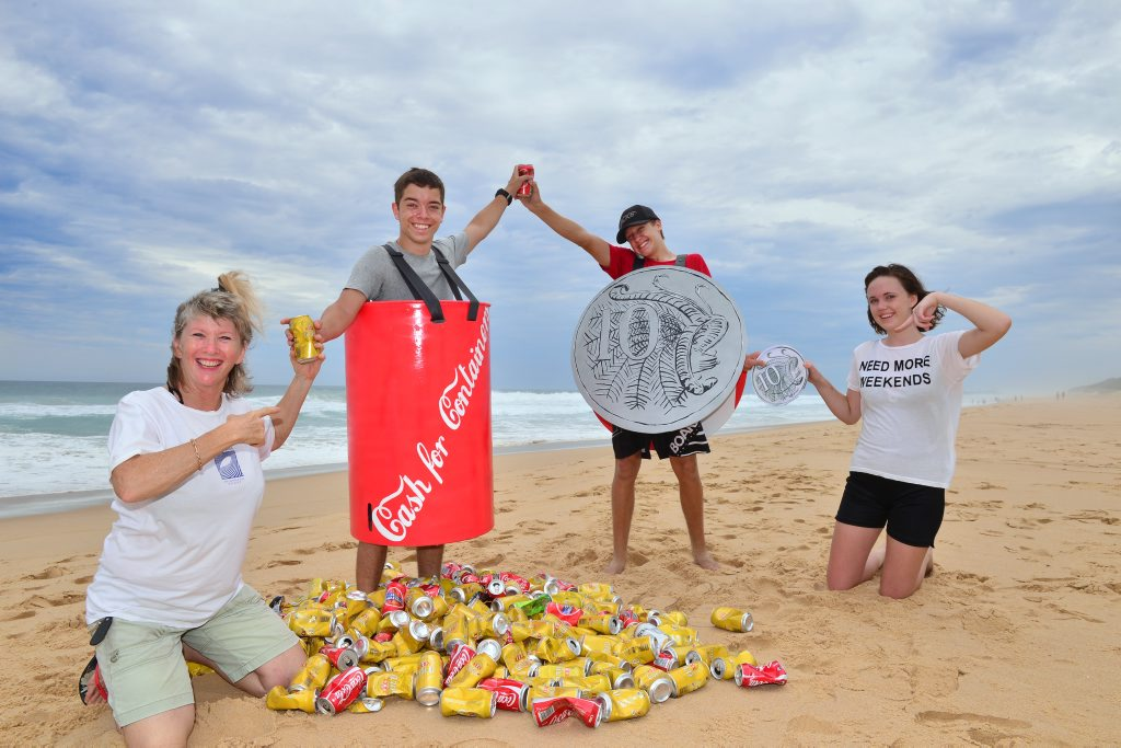 Chris Glennie with Jack Hale, Hunter Hartley and Hayley Kenyon wants container deposits introduced to help reduce rubbish. Photo: John McCutcheon / Sunshine Coast Daily