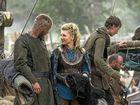 Travis Fimmel and Katheryn Winnick in the TV series Vikings.