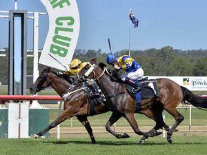 Experienced jockey notches winning treble at Ipswich