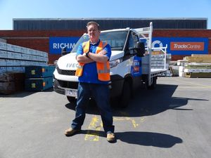 Mighty helpful Iveco Daily for Mitre 10