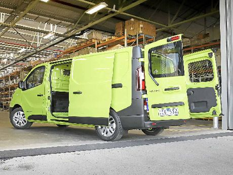 Renault Trafic Bamboo Green.