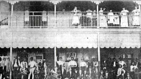 The hotel was built about 1886 by Charles Porter and rebuilt after being damaged by the 1918 cyclone with a second storey added.