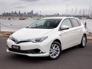 Toyota Corolla joins the hybrid club