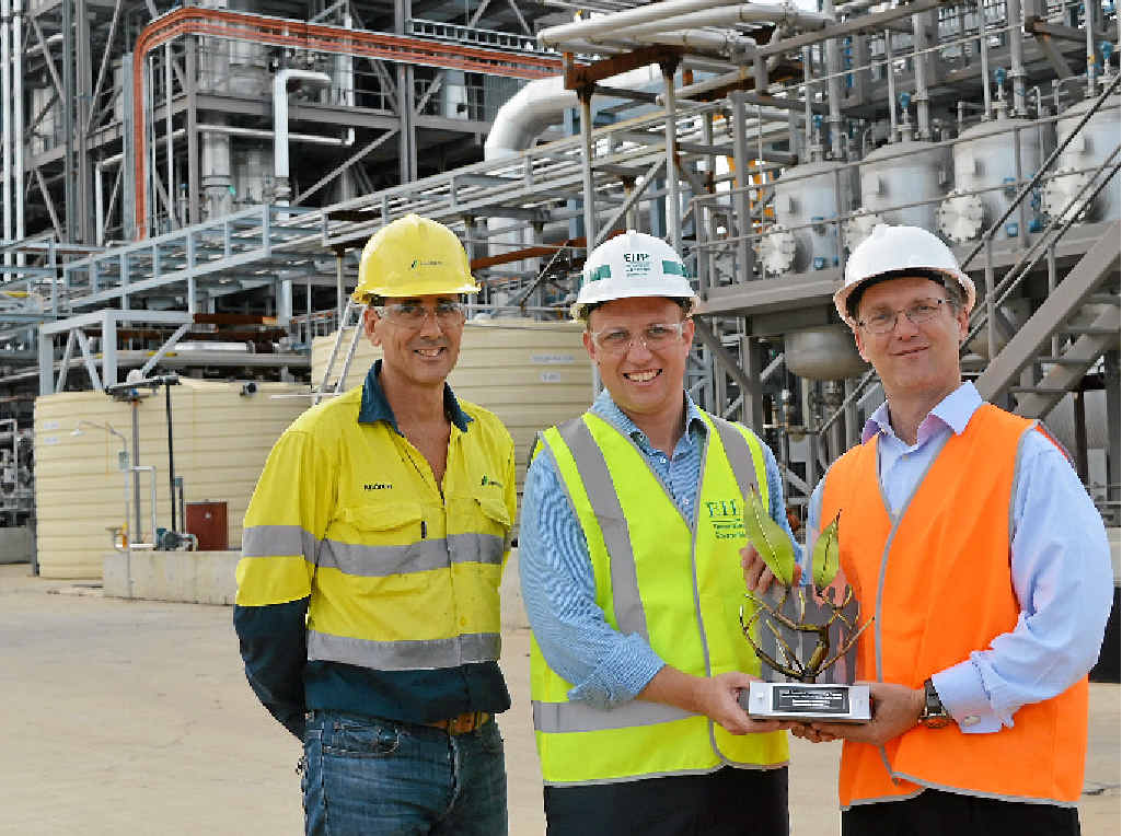 Andrew Smith, The Hon Dr Steven Miles MP and Tim Rose at the Northern Oil Refinery.
