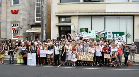 More than 200 people rallied in Lismore on Friday to protest the Federal Government's policy on offshore detention.