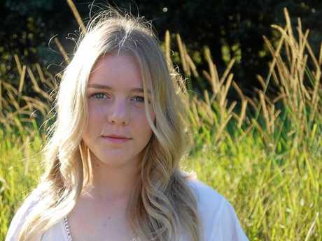Byron Shire singer songwriter Hannah Parrington.