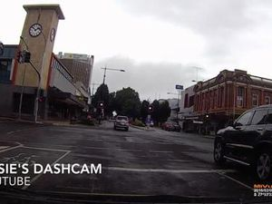 Dash cam shows dodgy turn