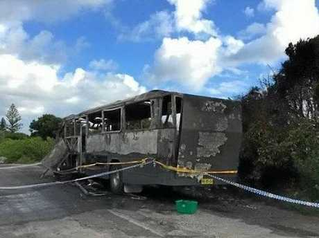 A photo of the burnt out bus in Byron Bay.