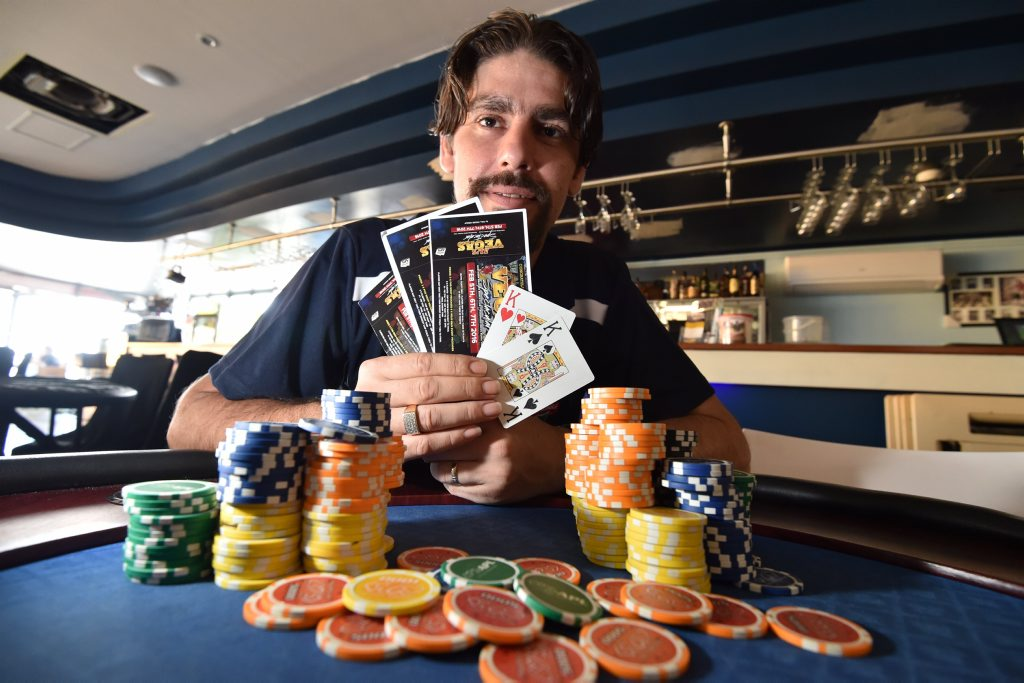 Poker champ - Clint Ennis heading off to Las Vegas. Photo: Alistair Brightman / Fraser Coast Chronicle