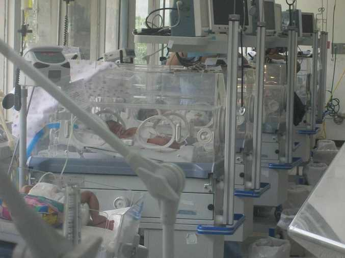 The baby was kept in an incubator for 23 days and removed against medical advice