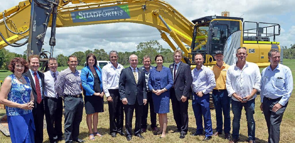 Premier Annastacia Palaszczuk and Mayor Mark Jamieson at Sunscentral development sod turning.