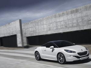 Peugeot culls price of its RCZ stunner