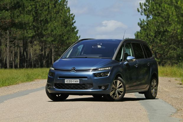 citroen grand c4 picasso end of term review big rigs. Black Bedroom Furniture Sets. Home Design Ideas