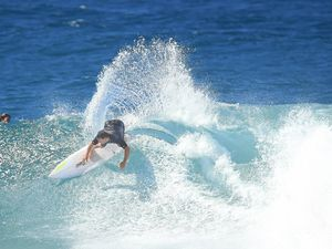 Gallery: Fanning, Parko and friends carve up Snapper Rocks.